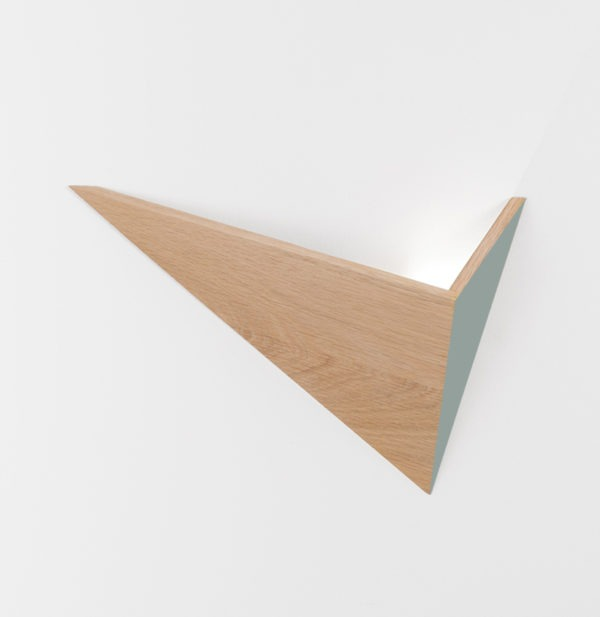 applique murale lumineuse design en bois massif Flèche fabricant Drugeot Manufacture architecte designer Hervé Langlais