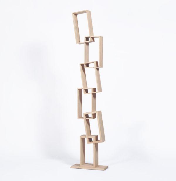 bibliothèque étroite haute case bois chêne massif KAO simple