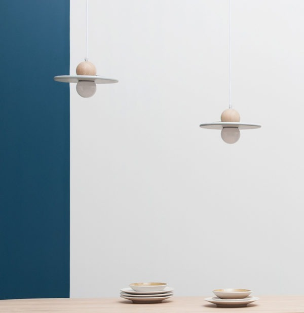 suspension légère lévitation lampe fabriquée en France