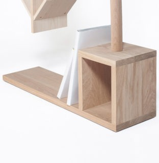 bibliotheque insolite pecheur design bois detail base