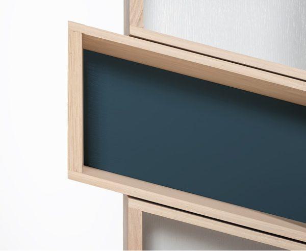 meuble bibliothèque sur mesure bleu marine blanc bois naturel