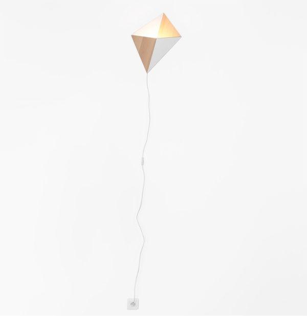 applique lumineuse en bois design ludique chêne massif naturel cordon blanc coton