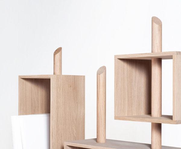Détail rangement livre mobilier français bois Anjou Drugeot