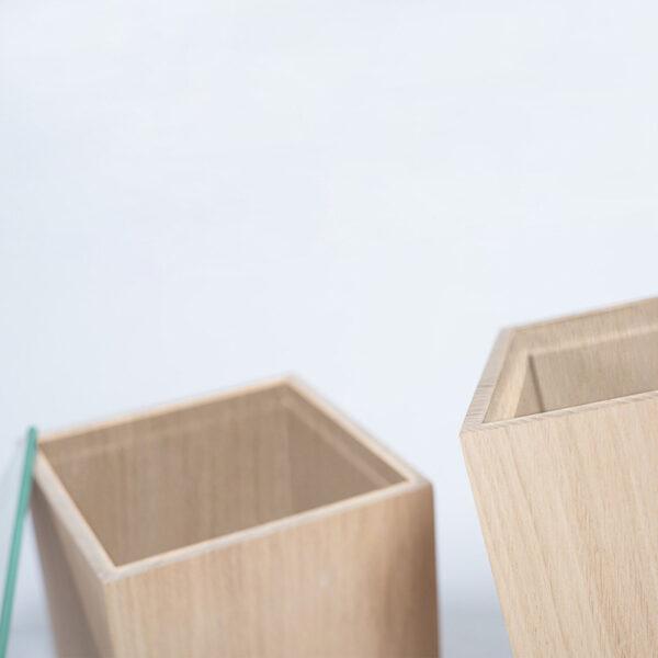 boîte à bijoux en bois épurée style minimaliste rangement accessoire déco élégant code design japonais détails matière naturelle fabrication française raisonnée haute qualité